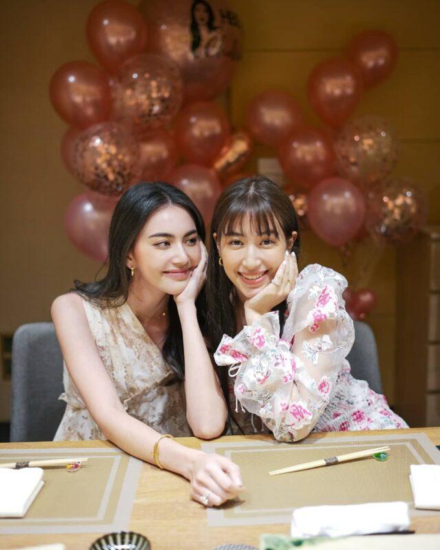 ใหม่ ดาวิกา จัดเซอร์ไพรส์วันเกิด นางเอกสาว มิ้นต์ ชาลิดา ร้านอาหารญี่ปุ่น